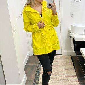 Jcrew yellow perfect rain jacket size Medium